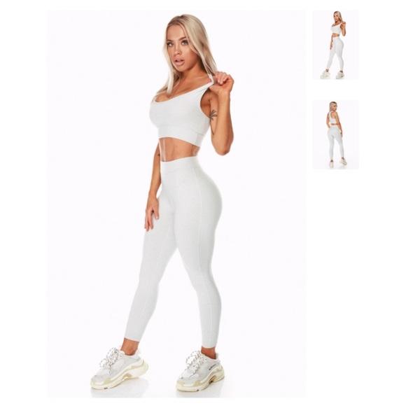 62e89e9b8299d saski collection Pants | Staples Cement Leggings | Poshmark